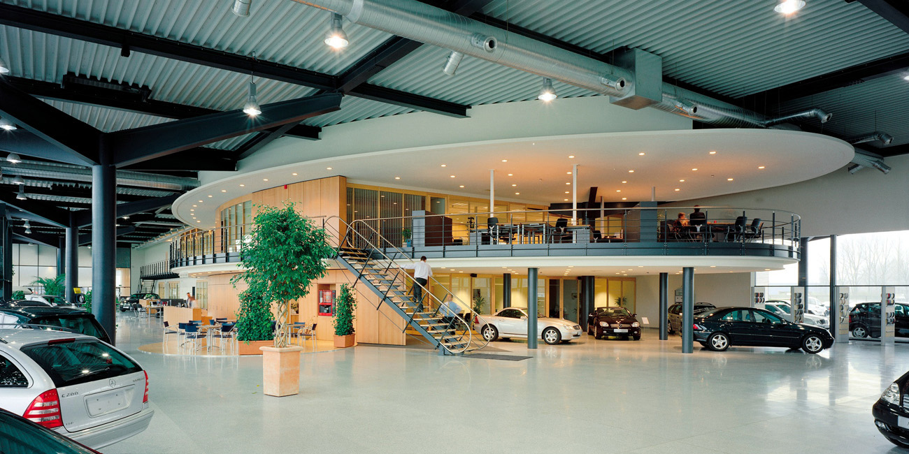 Mercedes benz jaspers eyers architects for Mercedes benz retail careers